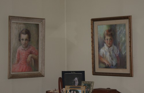 I'd like to hang both portraits on one wall looking at each other.