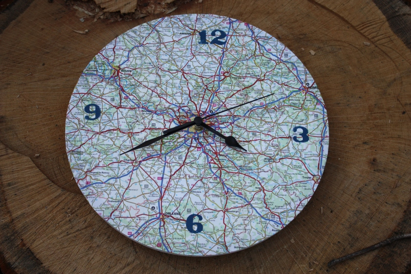 Paris map clock