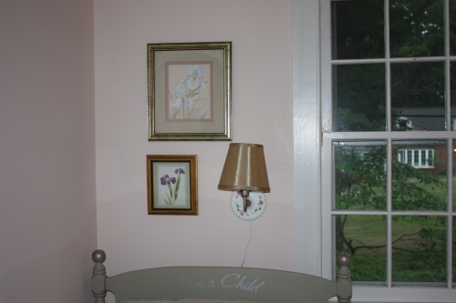 Iris prints in the pink bedroom -- only the large one remains.