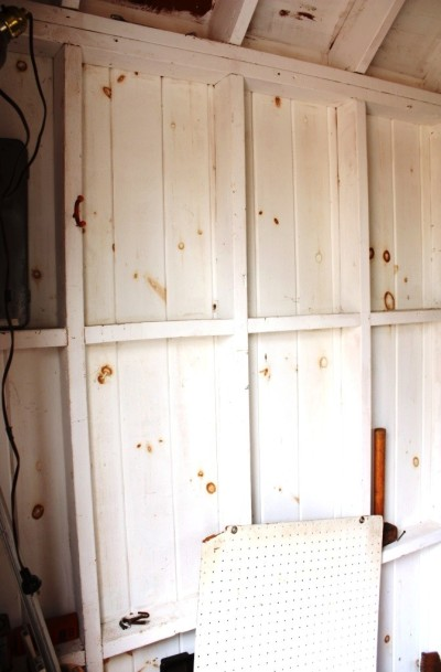 The shed wall has some room for storage since I moved the metal shelves to the Cottage.
