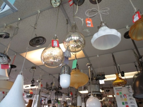 I liked the 2 pendant fixtures that were clear glass with light silvering. I could see them in the new kitchen.