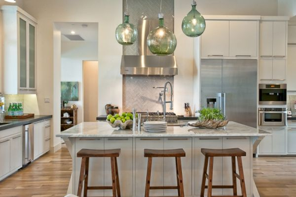 Kitchen Pendant Lighting Over Island