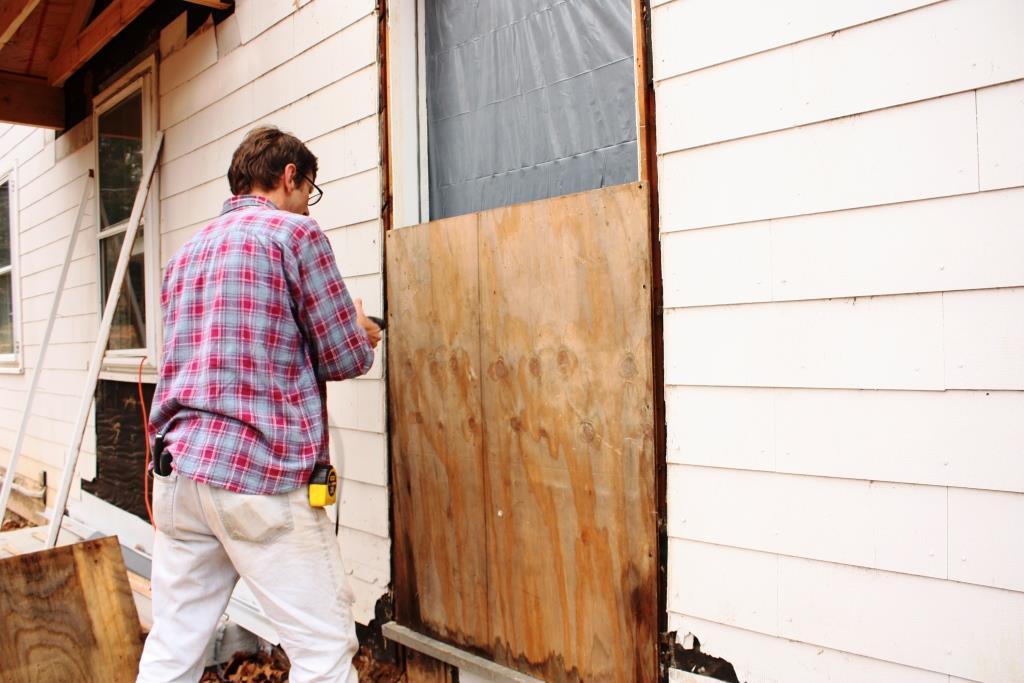 Door Board Ups : Door board up in philadelphia