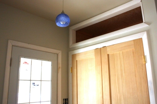 Actually we used a pendant light in the entrance.