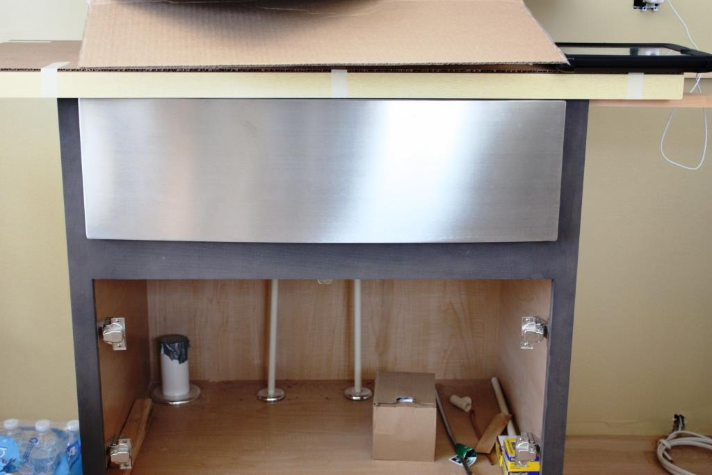 Installing The Undermount Kitchen Sinks Let S Face The Music