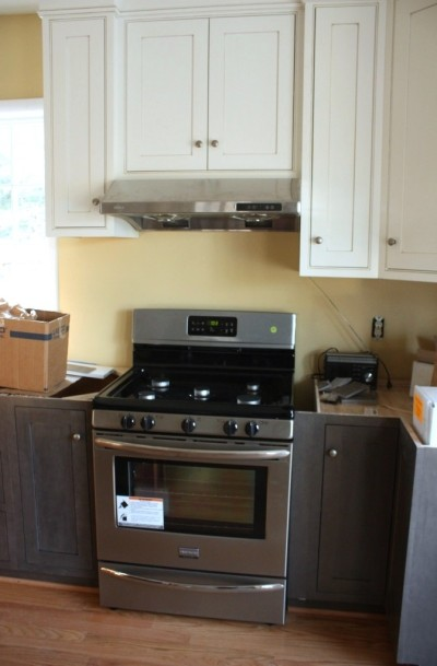 A new stove and range hood to mention 2 new items.