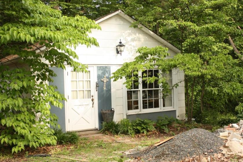 Glade Cottage would be perfect rented to a grad student from the nearby university.