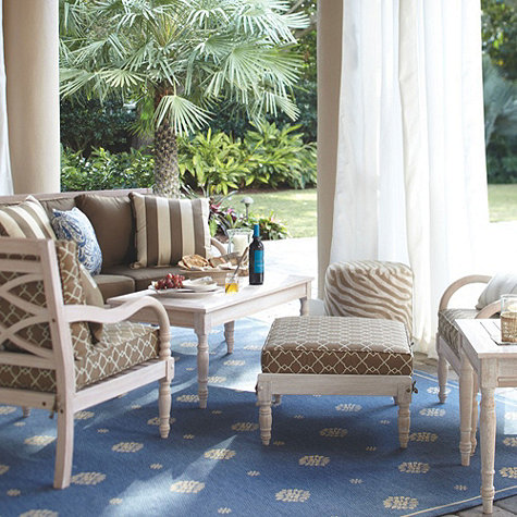 Blue Navarre rug from Ballard Designs.