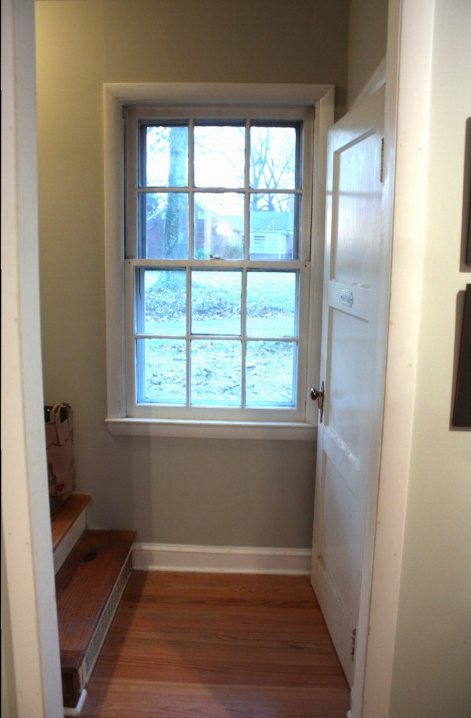 The window on the west front side of the house can't use more than a simple treatment.