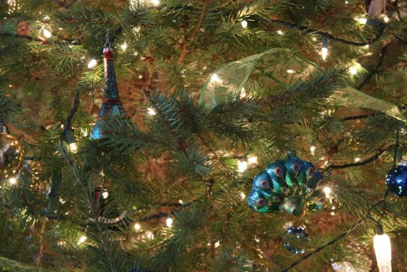 My sister also sent a blue Eiffel Tower and peacock ornaments in my blue/green Christmas color scheme.