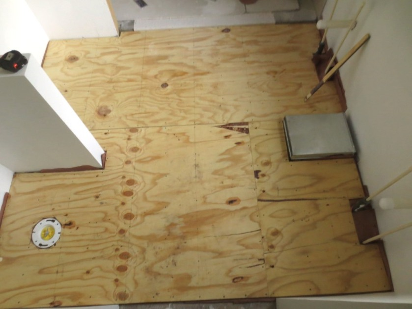 The master bathroom us ready for cement board.