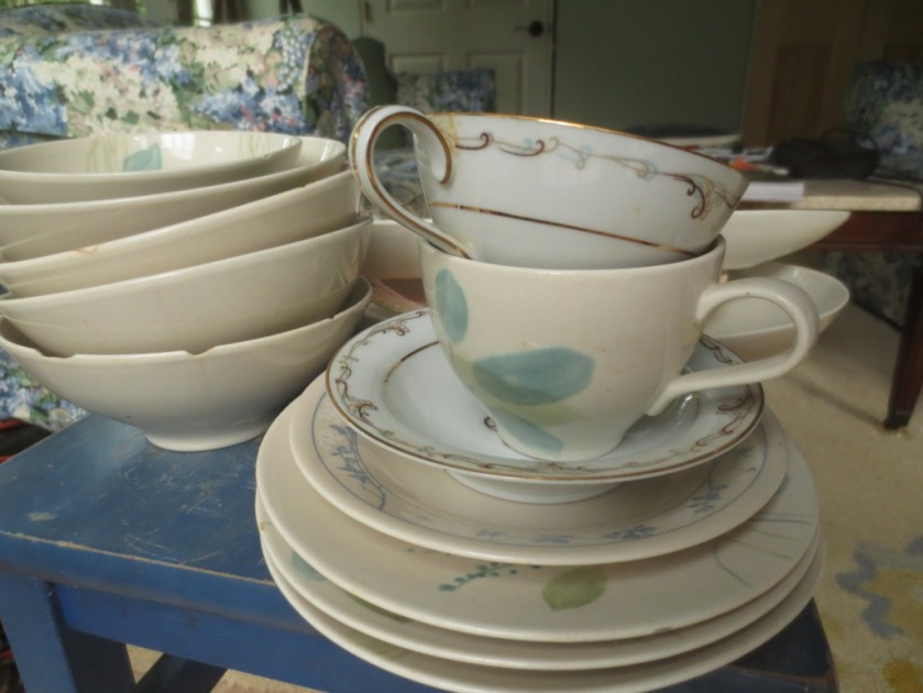 I hope these mostly white with green accents dishes will work into Jessica's color scheme.