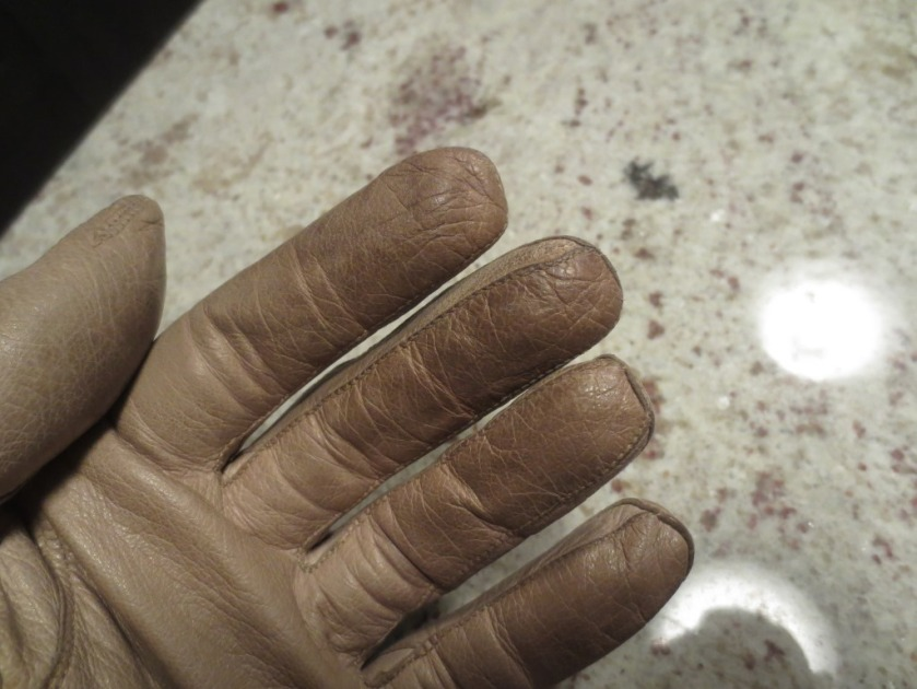 The fingertips of all my gloves seem to get dirty.
