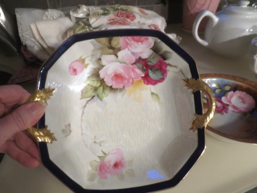 Handpainted Noritake bowl with pink roses.
