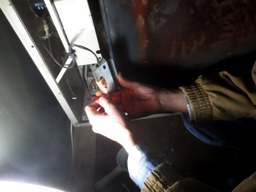 When a flames was held to the switch it clicked then the fan began to turn slowly.