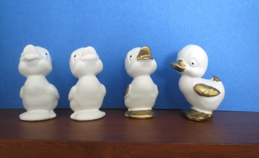I'll respray the little blue failure and have a bevy of white and gold ducks. Next year they might be a totally different color altogether.