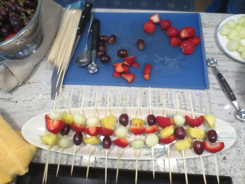 A variety of 4 fruits on a skewer mixed-up so you could choose your favorite.