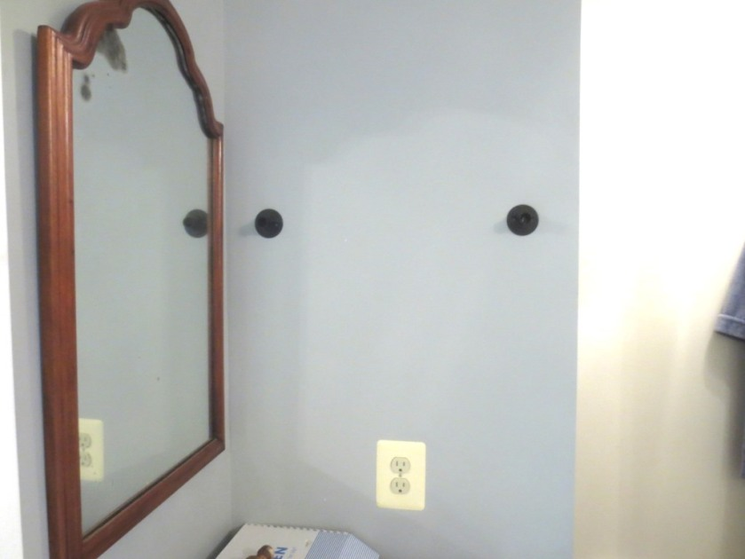 The brackets seem tight until the decorative trim is snapped on, at which time they lean away from the wall.
