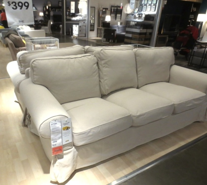 I'd like to replace a friend's broken sofa with this one.