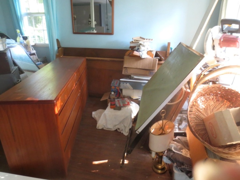 I listed the dresser in the middle of the room on Craigslist with the goal to sell it.