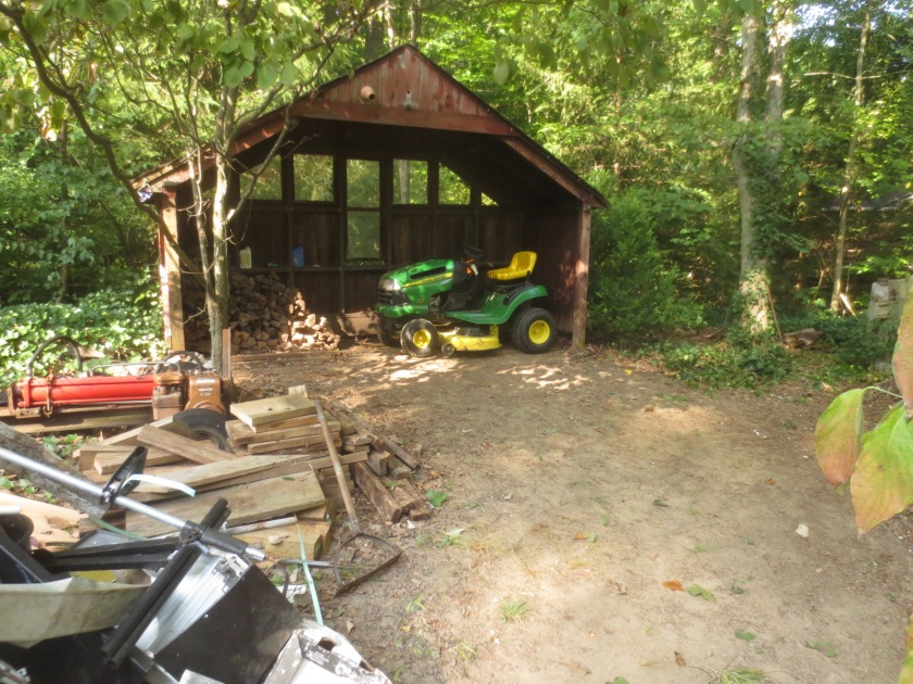 We'll store the tractor in the woodshed.