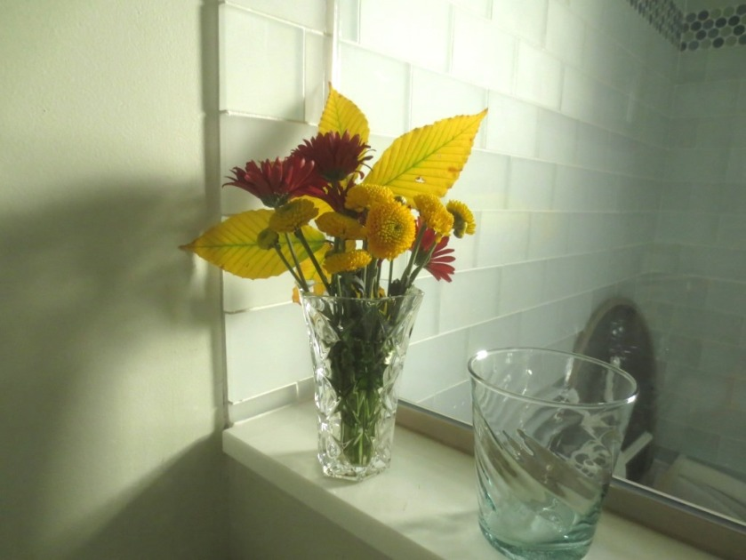 A small bouquet for the bathroom.